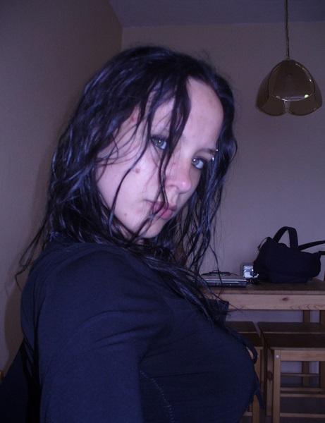 Photo de hotmachine (une femme - Toulouse 31000)