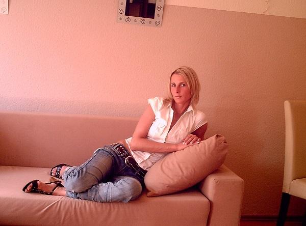 Photo de MiryaParis (une femme - PARIS 75000)