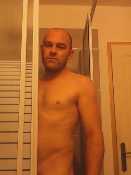 Photo de Gateaubonhomme (un homme - Gisors 27140)