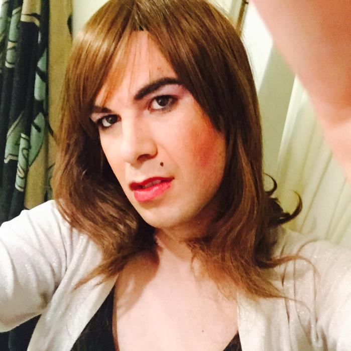 Photo de Travesti passif (un trav - Marseille 13000)
