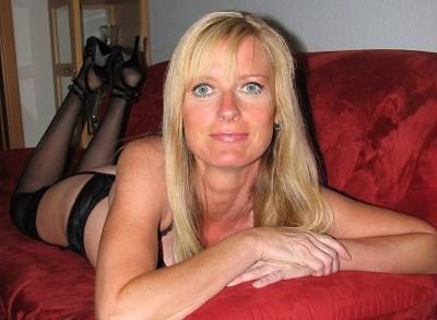 Photo de Infirmierepute (une femme - Ajaccio 20000)